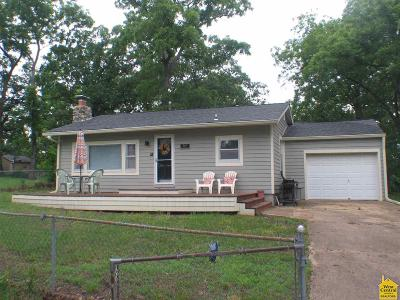 Benton County, Henry County, Hickory County, Saint Clair County Single Family Home For Sale: 31647 Catfish St