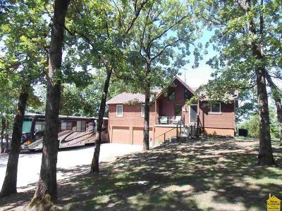 Warsaw Single Family Home For Sale: 30304 Sassafras Dr