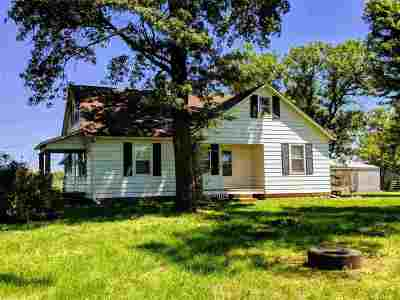 Henry County Single Family Home For Sale: 302 NE 101 Rd