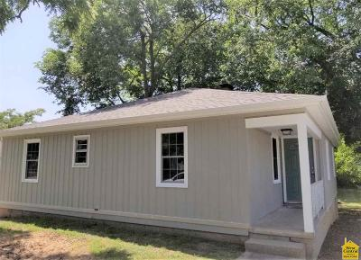 Johnson County Single Family Home Sale Pending/Backups: 320 E Broad St