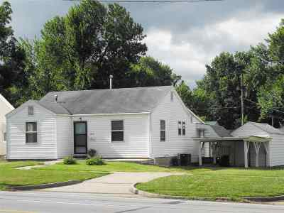 Sedalia MO Single Family Home For Sale: $59,900