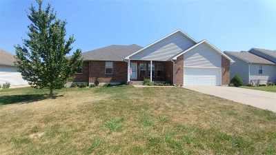 Clinton Single Family Home Sale Pending/Backups: 203 Amanda Ln