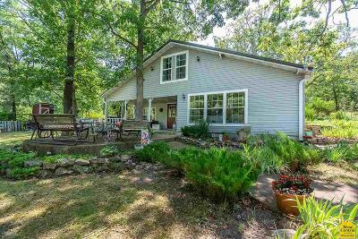 Single Family Home For Sale: 33777 Butter Hollow Rd