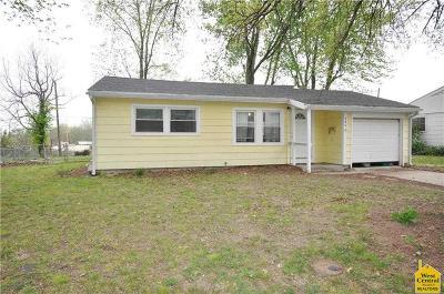 Sedalia Single Family Home For Sale: 242 West Avenue St