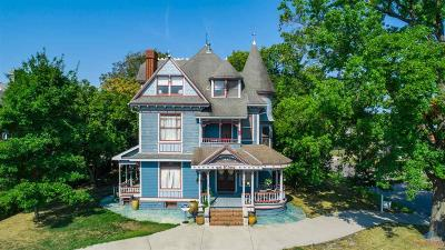 Clinton Commercial For Sale: 301 S 2nd