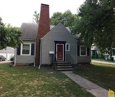 Single Family Home For Sale: 108 E Rogers St