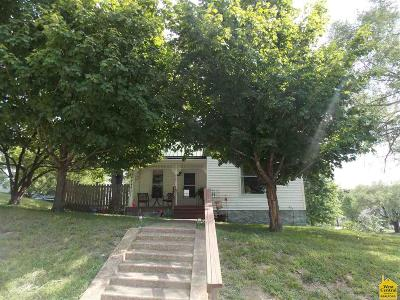 Warsaw Single Family Home Sale Pending/Backups: 104 E Osage Stret