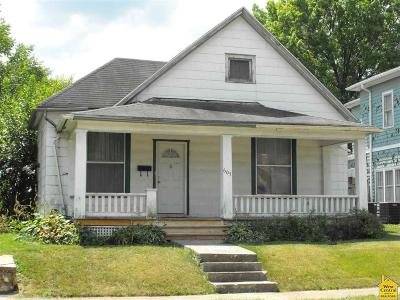 Pettis County Single Family Home For Sale: 607 W 5th