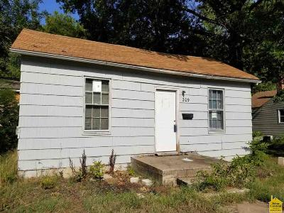 Henry County Single Family Home For Sale: 209 N 5th Street