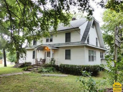 Single Family Home Sold: 201 Kansas Ave