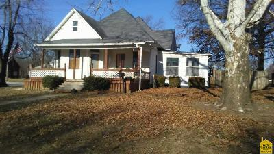 Windsor Single Family Home For Sale: 500 N Main