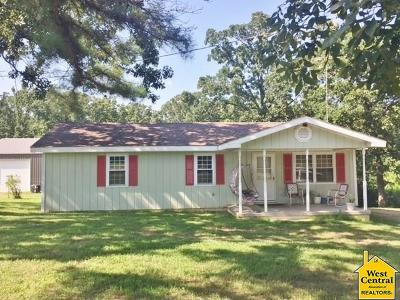 Warsaw Single Family Home For Sale: 12241 Hwy Tt