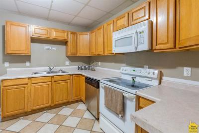 Sedalia MO Single Family Home For Sale: $64,900
