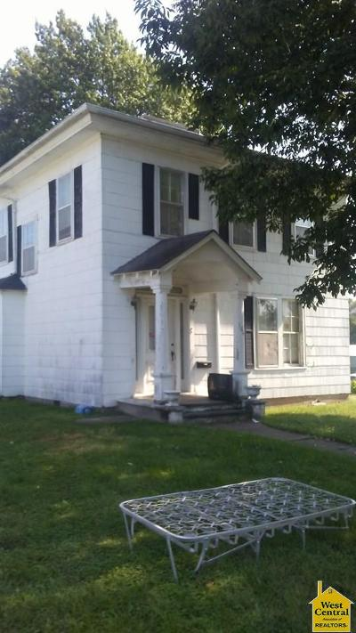 Windsor Single Family Home For Sale: 104 E Colt