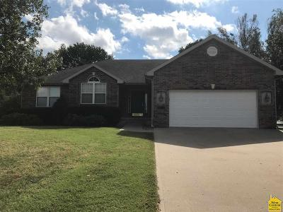 Sedalia Single Family Home For Sale: 2411 Stacey