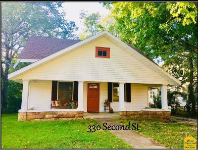 Osceola Single Family Home For Sale: 330 2nd Street