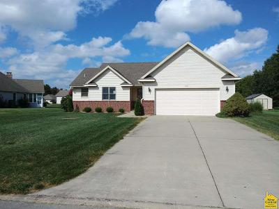 Clinton Single Family Home Sale Pending/Backups: 105 W Timberview