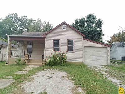 Clinton Single Family Home For Sale: 315 S 6th