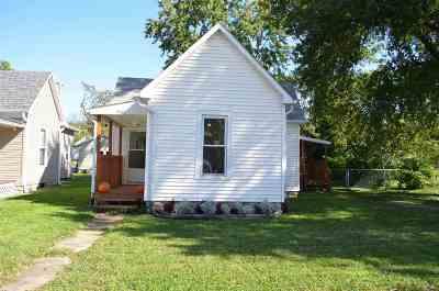 Sedalia MO Single Family Home For Sale: $57,000