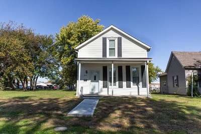 Sedalia Single Family Home For Sale: 913 E 4th St