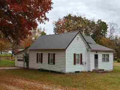 Benton County, Henry County, Hickory County, Saint Clair County Single Family Home For Sale: 821 E Grandriver