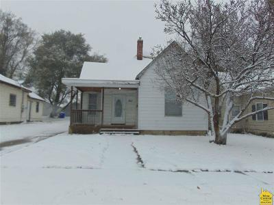 Sedalia Single Family Home For Sale: 1611 E 7th