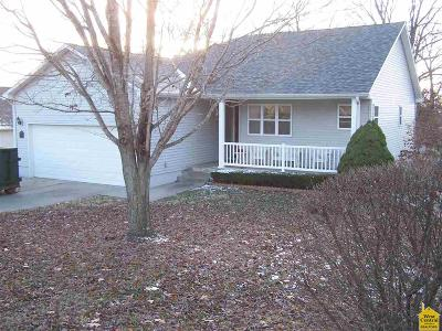 Benton County Single Family Home Sale Pending/72 Hr Clause: 1223 Oak St