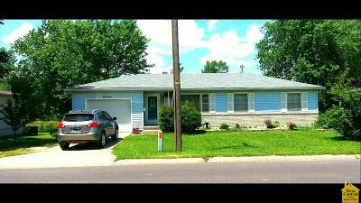 Sedalia Single Family Home For Sale: 819 E 24th St