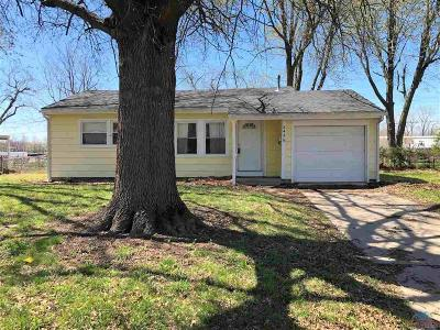 Sedalia Single Family Home For Sale: 242 West