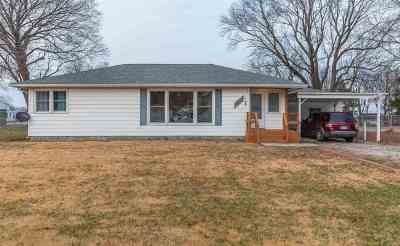 Sedalia Single Family Home For Sale: 6715 E Hwy 50