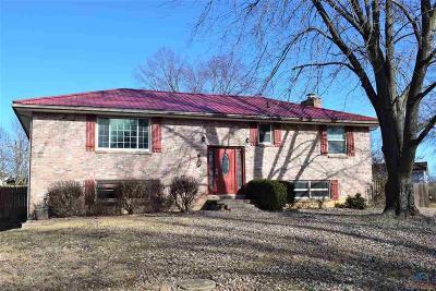 Windsor Single Family Home Sale Pending/Backups: 107 Shady Lane