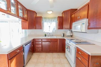 Sedalia MO Single Family Home For Sale: $294,900