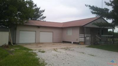 Windsor Single Family Home For Sale: 993 NE 800 Rd