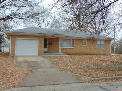 Sedalia Single Family Home For Sale: 1825 S Carr