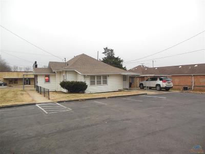 Single Family Home For Sale: 1001 S 2nd