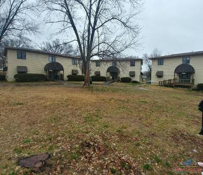 Warsaw Multi Family Home Sale Pending/Backups: 400-404 W Jackson St