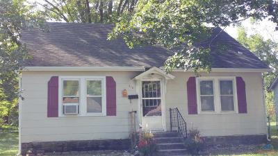Clinton Single Family Home For Sale: 517 N 2nd