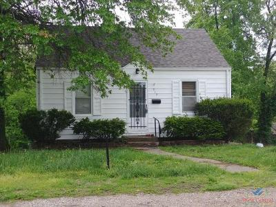 Clinton Single Family Home For Sale: 313 N Washington