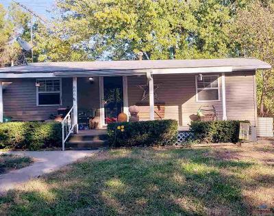 Otterville Single Family Home Sale Pending/Backups: 606 N Cherry St