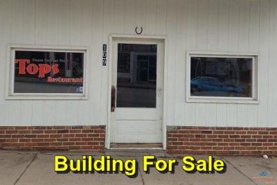 Knob Noster MO Commercial For Sale: $60,000