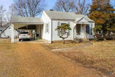 Sedalia Single Family Home For Sale: 812 Crescent Dr.