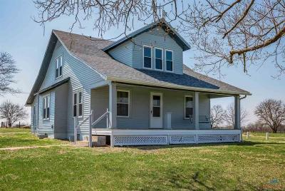 Sedalia Single Family Home For Sale: 21550 Maltsbarger Rd