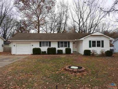 Windsor Single Family Home For Sale: 410 Indiana