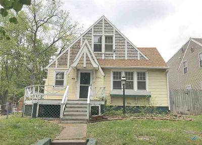 Sedalia Single Family Home For Sale: 604 W Broadway
