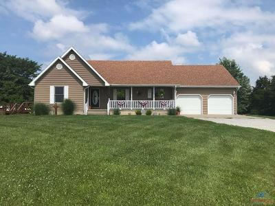 Sedalia Single Family Home For Sale: 30701 Marigold Rd