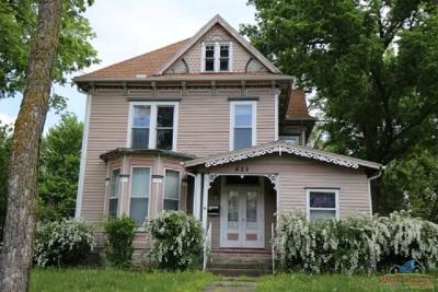 Sedalia Single Family Home For Sale: 622 W Broadway