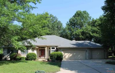 Sedalia Single Family Home For Sale: 2015 Twin Pines Dr