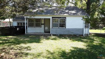 Clinton Single Family Home For Sale: 902 S 6th Street