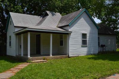 Sedalia Single Family Home For Sale: 1004 E 14th