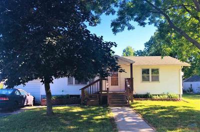 Lincoln Single Family Home Sale Pending/Backups: 426 E Locust